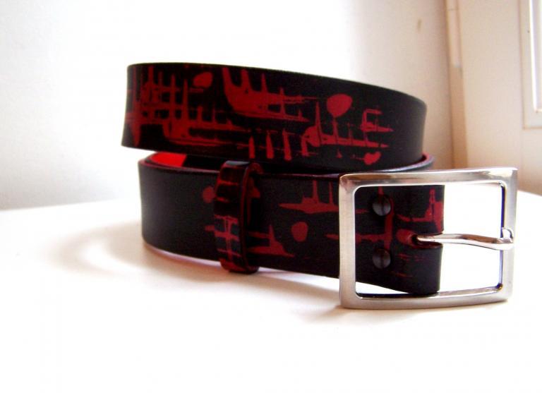 ceinture  large cuir rouge noir